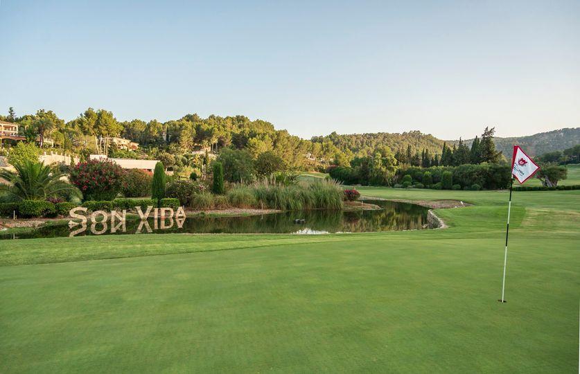 During the winter months our Golf Son Vida will return to its original 72-par-design.